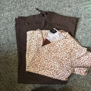 Small Cheetah Print Top & XS Small Brown Pants